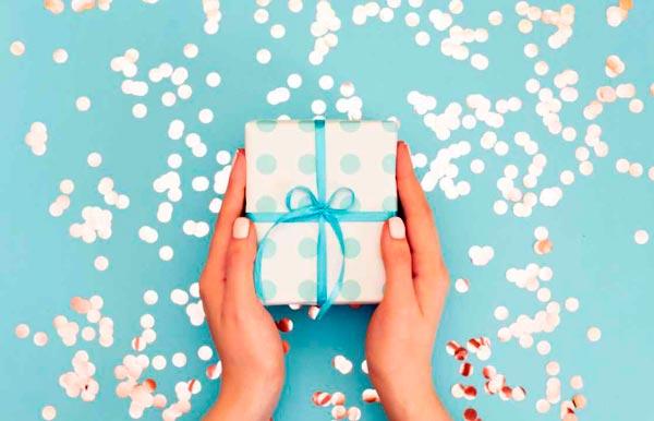 Frasi di buon compleanno | 50 frasi per amici o familiari