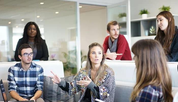 Interazione sociale : Concetto, caratteristiche e tipi